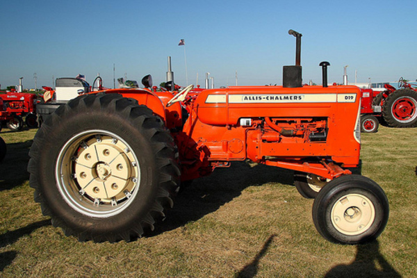 Product picture * Allis Chalmers D19 & D-19 DIESEL TRACTOR COMPLETE SERVICE / REPAIR / SHOP MANUAL (100 mb) - PDF Allis-Chalmers - DOWNLOAD !!